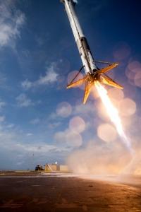 spacex-falcon-9-rocket-landing